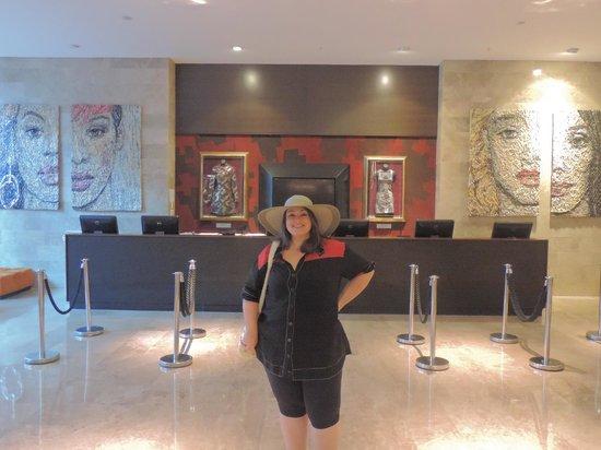Hard Rock Hotel Panama Megapolis: Esta foto retrata parte da recepção do hotel