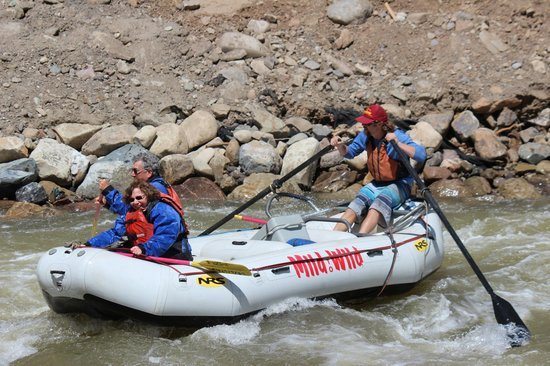 Mild to Wild Rafting and Jeep Trail Tours: Lower Animas River trip with Mild to Wild