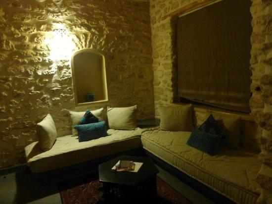 Le Douar des Arganiers : la zona salotto della nostra stanza