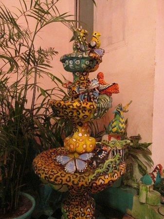 Maya Del Mar: Artsy Decor