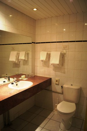 XO Hotels City Centre Amsterdam: санузел