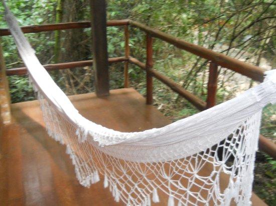 La Aldea de la Selva Lodge : Deck con hamaca paraguaya