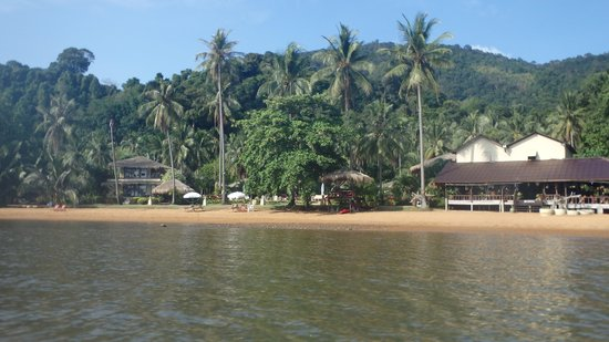 Amber Sands Beach Resort: View of Ambers sands from the Kayak