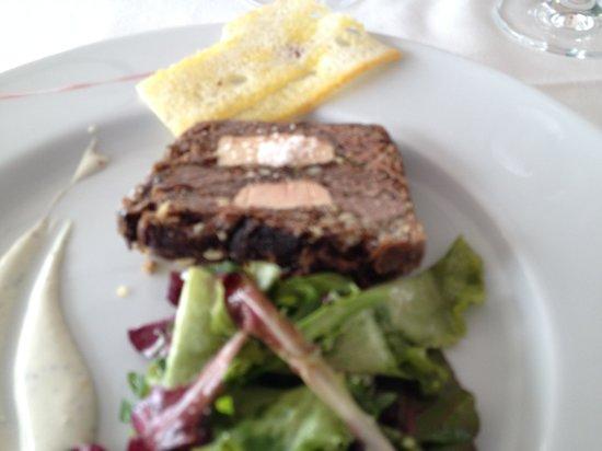 La Table de l'Hippodrome du Bouscat : Terrine De Joue De Boeuf Au Foie Gras