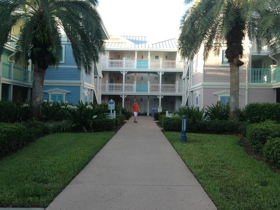 Disney's Old Key West Resort: Turtle Pond Area