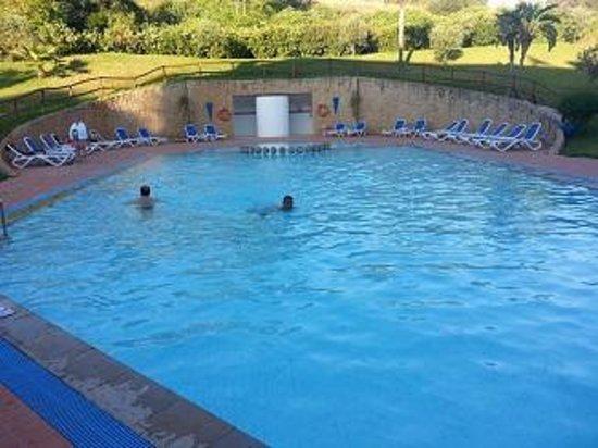Ibis Meknes Hotel: piscine