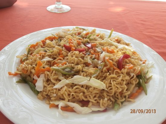 Mabuhay Bar and Restaurant: Chinese Noodles