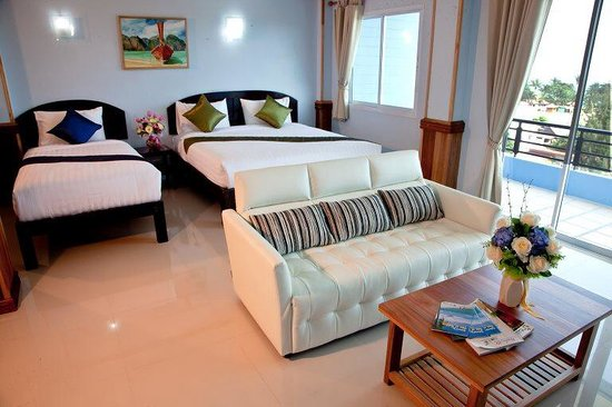 Sea Mountain Khanom Hotel