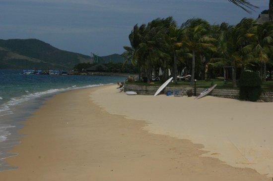MerPerle Hon Tam Resort : на пляже