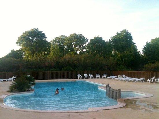 Domaine de la Bastide : La piscine