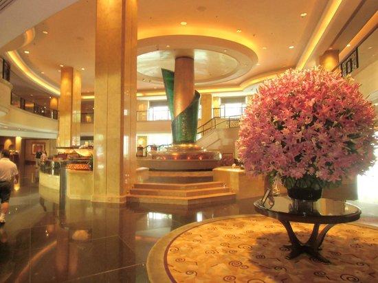 Shangri-La Hotel Kuala Lumpur : ロビー