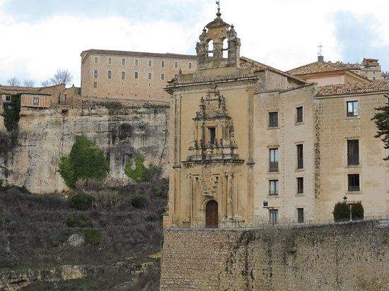 Parador de Cuenca: Vista de antigua Iglesia anexa al convento