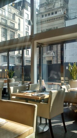 Apex City of London Hotel: restuarante
