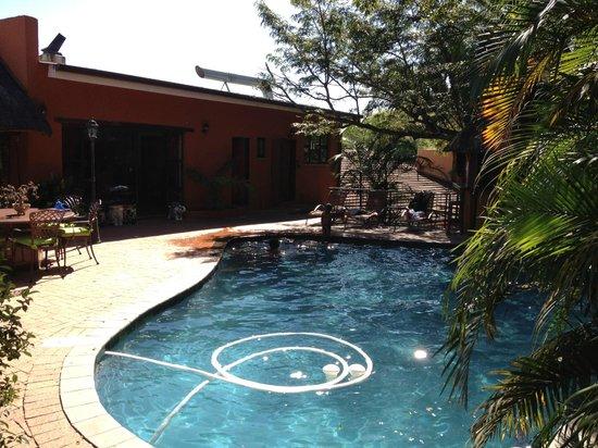 La Roca Guest House: The Pool