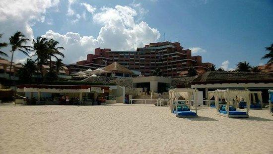 Omni Cancun Resort & Villas: Playa