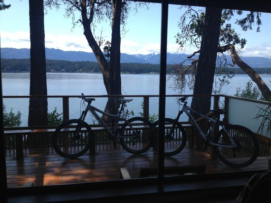 Ford's Cove Marina Waterfront Cottages: Beautiful view and great biking trails
