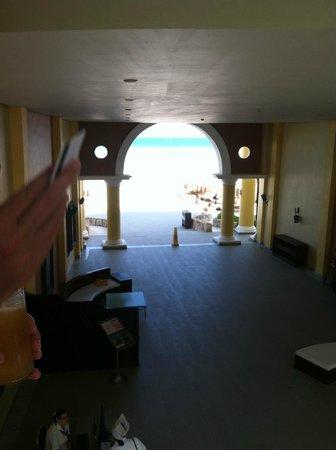 Iberostar Grand Hotel Paraiso: Looking through the 'breezeway' from second floor, bldg 70
