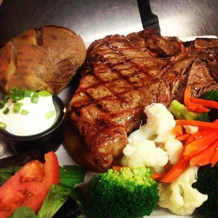Gimaro Seafood & Steakhouse: Tbone Steak