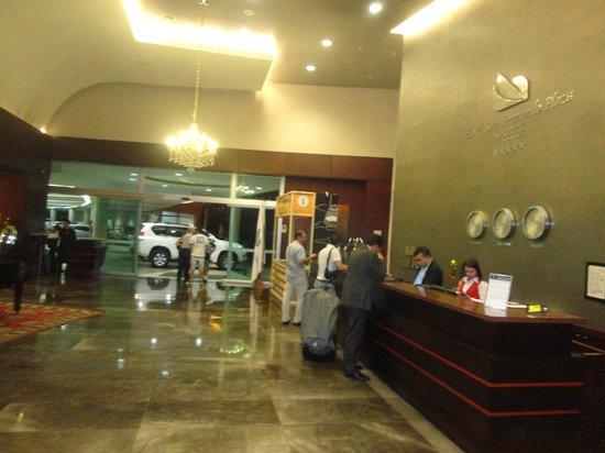 Hotel San Fernando Plaza Medellin: Recepção