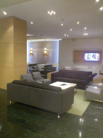 NH Collection Villa de Bilbao: Lounge bar .
