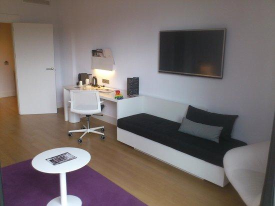 NH Collection Villa de Bilbao: Salon de la Suite