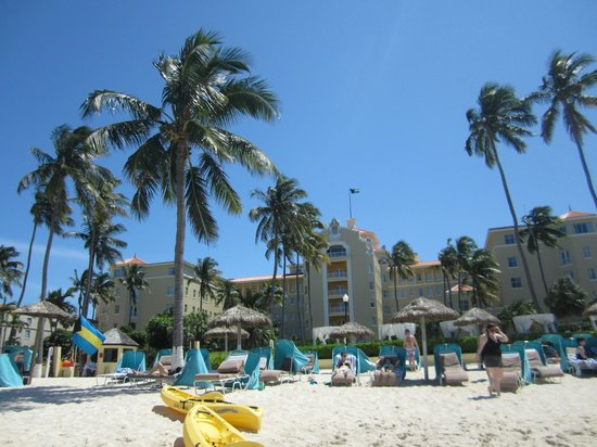 British Colonial Hilton Nassau : The view from the beach