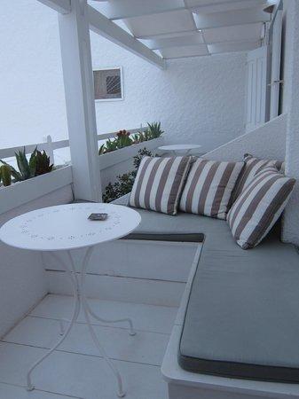 Senses Boutique Hotel: Purple room balcony