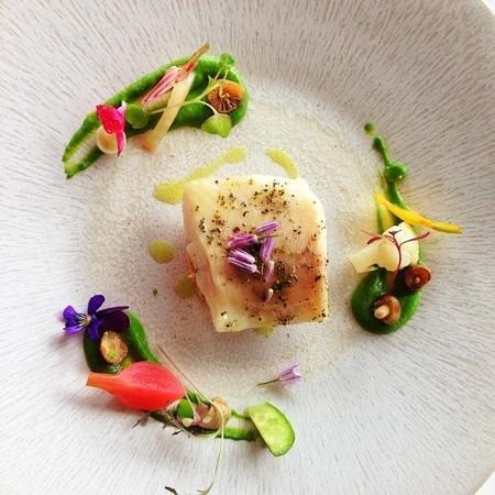 Hotel Restaurant Regis & Jacques Marcon : la beautė ėtait egalement dans l'assiette