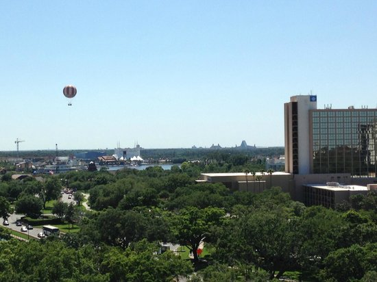 Holiday Inn Orlando – Disney Springs Area: View from my 10th floor balcony.