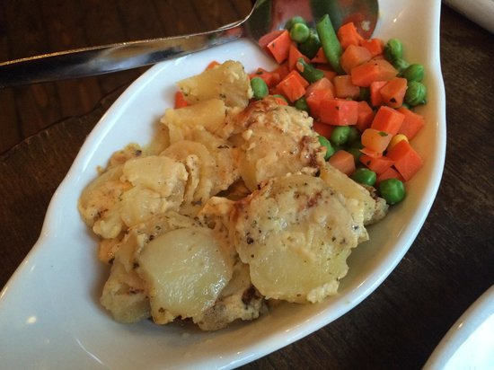 The Little French Restaurant: Potatoes and school veg