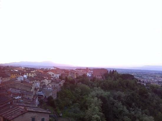 Miravalle Palace Hotel: uitzicht vanuit hotelkamer