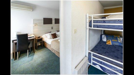 Hotel Les Charmettes: chambre familiale