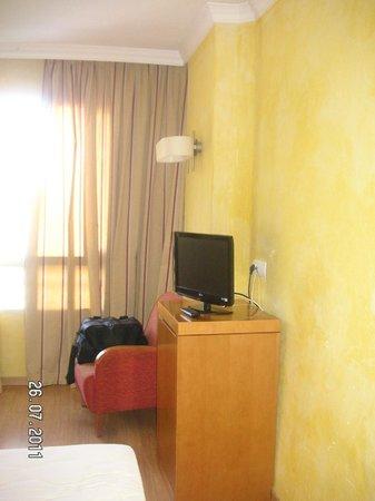 Hotel Maya Alicante: room