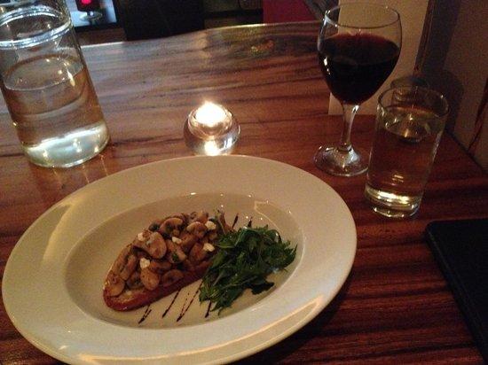 Charcoal Steakhouse: Mushroom bruschetta