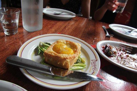Davanti Enoteca : egg toast with white truffle oil