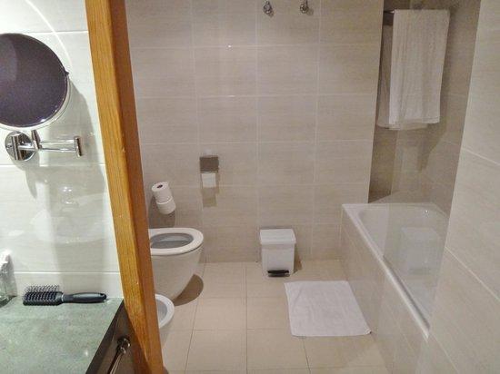 Eden Playa: OK badeværelse
