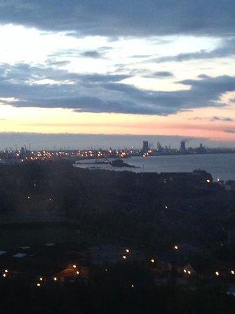 Premier Inn Hull City Centre Hotel: View at dawn
