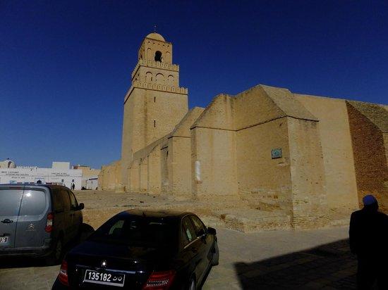 Grande Mosquée de Kairouan : outside wall