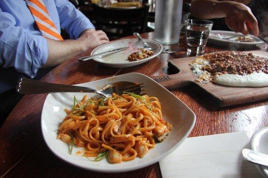 Davanti Enoteca : lump crabmeat pasta in marinara sauce