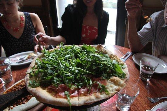 Davanti Enoteca : brick oven pizza-prosciutto and arugula.