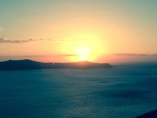 Atlantis Hotel: Fira Sunset