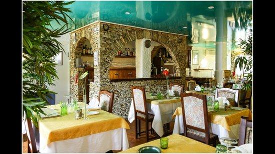 Hotel Les Charmettes: notre restaurant climatisé
