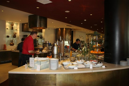 Sheraton Porto Hotel & Spa: breakfast