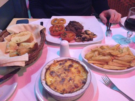 Remezzo: Moussaka and steak