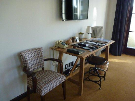 Palihouse Santa Monica: Arbeitsecke in Suite