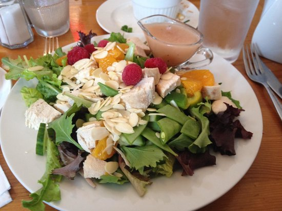 Lavena's Catch Cafe : Lovely Chicken Mandarin Salad. Scallops to melt in your mouth didn't make the photo!