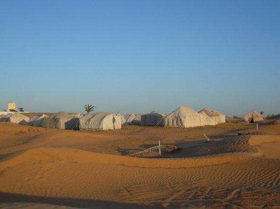 Autre Tunisie Day Tours : Campement Zmela