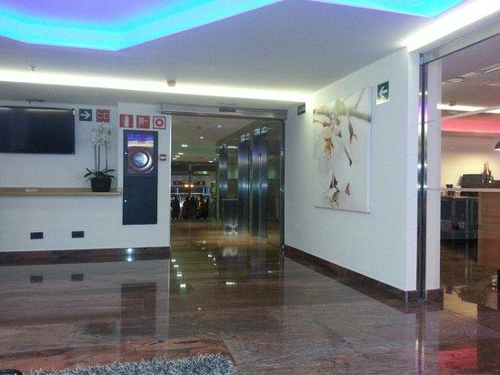 Hotel Exe Moncloa: Salon