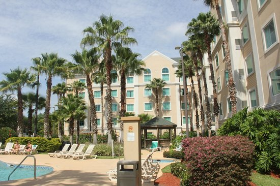 Hawthorn Suites by Wyndham Orlando Lake Buena Vista : Vista do hotel