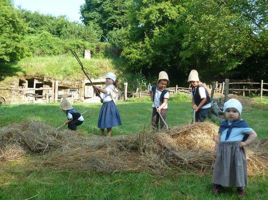 La Vallée Troglodytique des Goupillières : Fête des Petits paysans